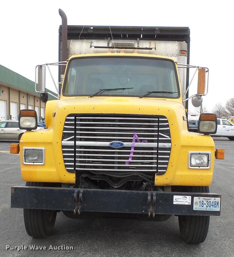 ford l8000 manual how to and user guide instructions u2022 rh taxibermuda co ford 8000 owner's manual 1995 ford l8000 owners manual